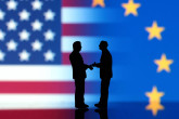 Sázka na obchodní kartu. Britové budou chtít využít Trumpa v jednání o brexitu