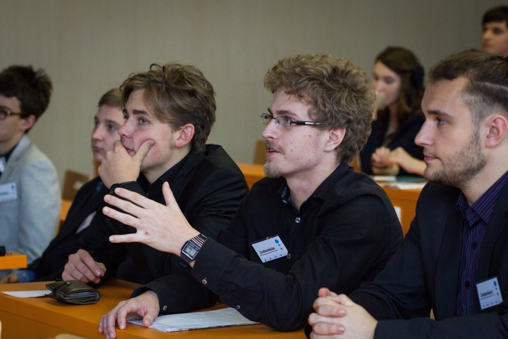 Prazsky studentsky summit 1 workshop 2015