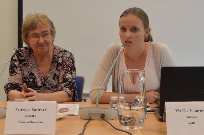 Češi pomáhají při vzdělávání na Ukrajině a v Bělorusku. Nejúspěšnější je ústní historie