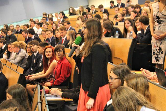Šimon Pánek na studentském summitu: Snažíte se víc vědět, ne víc bojovat proti špatným věcem