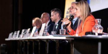 Lídři pro eurovolby se utkali v Praze a nabídli své recepty na lepší Evropskou unii