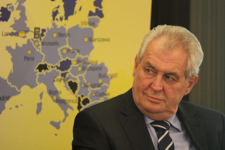 Президента Чехии считают российским агентом