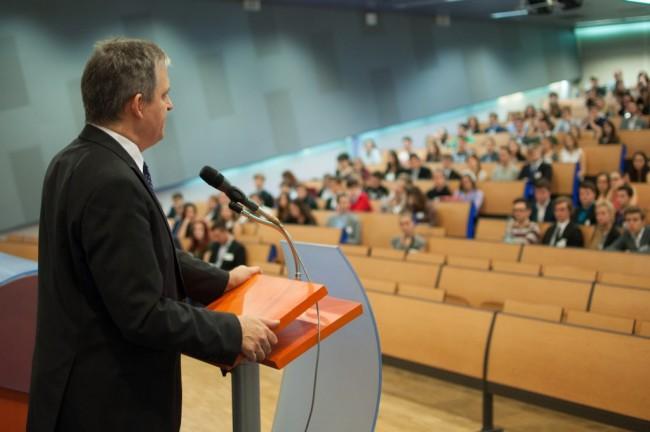 Začíná XXII. ročník Pražského studentského summitu!