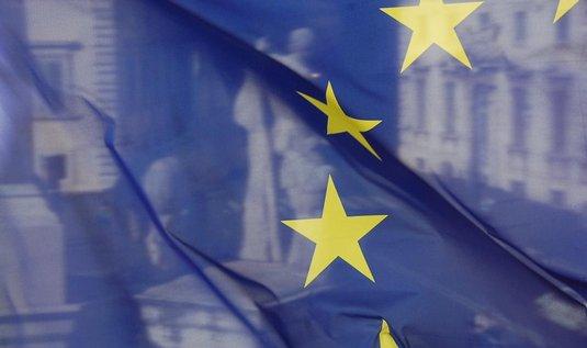Průzkum: Česko je jedinou zemí EU, která své členství vnímá jako minus