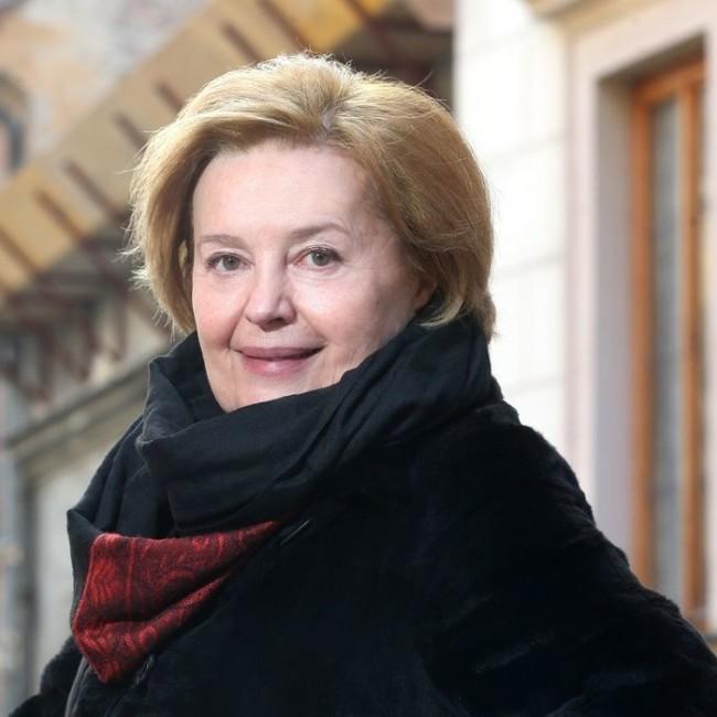 """Magda Vašáryová: """"Pokud se hněváte na politiku, hněváte se sami na sebe."""""""
