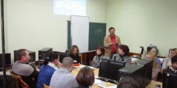 12 seminářů v ukrajinských regionech se věnovalo využití ústní historie ve školní praxi