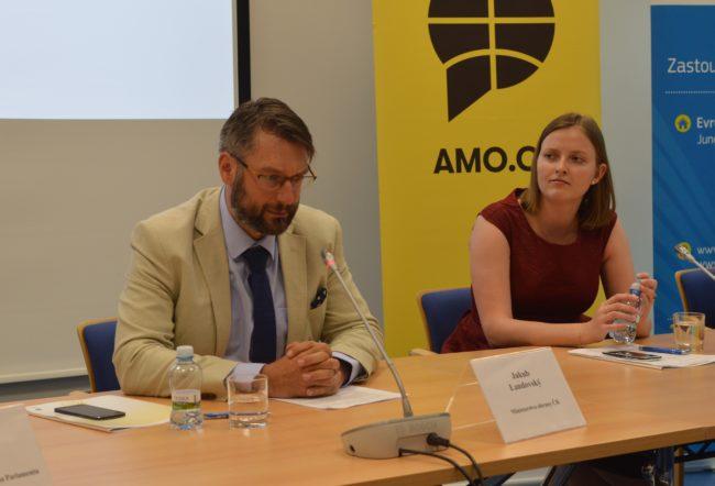 V Evropském domě v Praze se koná debata o transatlantických vztazích a místě ČR ve strukturách NATO
