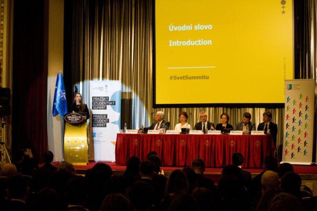 Zahájení XXIII. ročníku Pražského studentského summitu