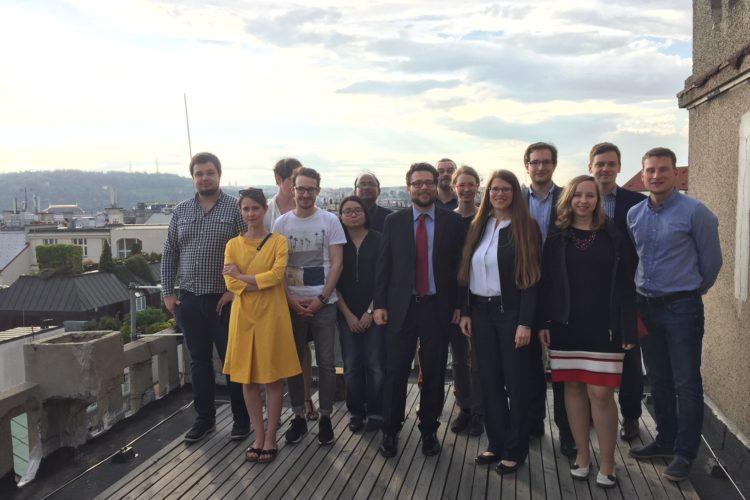 Osmý ročník projektu ALYAS uzavřela přednáška Jacopa Pepe