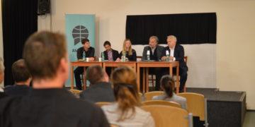 Umělci se dnes svou tvorbou neuživí, zaznělo na debatě k unijní reformě autorského práva