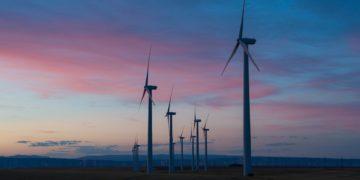 Komentář: Evropa chce dekarbonizovat, Česko svůj potenciál nevyužívá