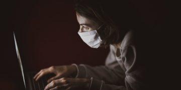 Boj s dezinformacemi jako téma pro posílení odolnosti české společnosti: Čekání na změnu