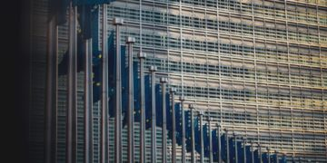 Webinar and factsheet: Applying the EU Sustainable Finance Taxonomy – time to start!