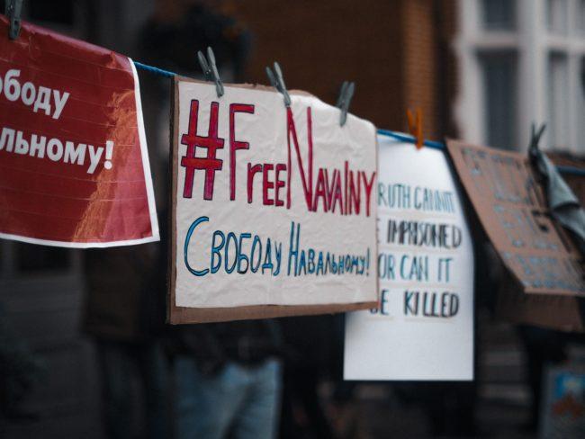 Propusťte Navalného! AMO podporuje petici za svobodu opozičníka, kterého se bojí i Putin